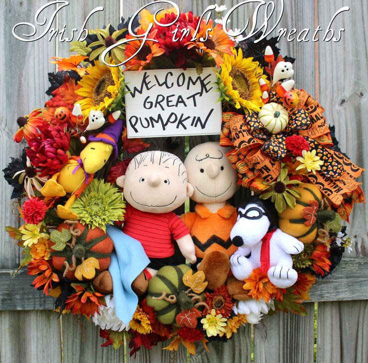 Welcome Great Pumpkin Large Halloween Wreath, Charlie Brown, Linus, Flying Ace Snoopy, Witch Woodstock, Peanuts, Felt Pumpkins, Fall wreath by IrishGirlsWreaths on Etsy https://www.etsy.com/listing/236501133/welcome-great-pumpkin-large-halloween