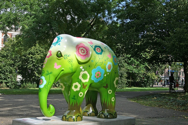 Elephant Parade - Amsterdam (Netherlands) by Meteorry, via Flickr