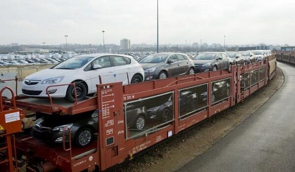 "Indian Railway launched ""Auto Express"" Car Freight Train  New Delhi : Indian Railway on Wednesday launched ""Auto Express"" train that will target 25 percent rail share in automobile traffic. Auto Express train will"