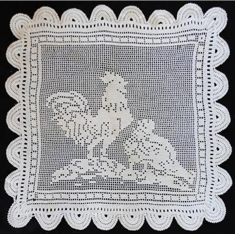 Picture of Vintage Filet Rooster & Hen Crochet Pattern