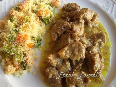 Erruki Laurel: Cordero al curry con guarnición cous-cous