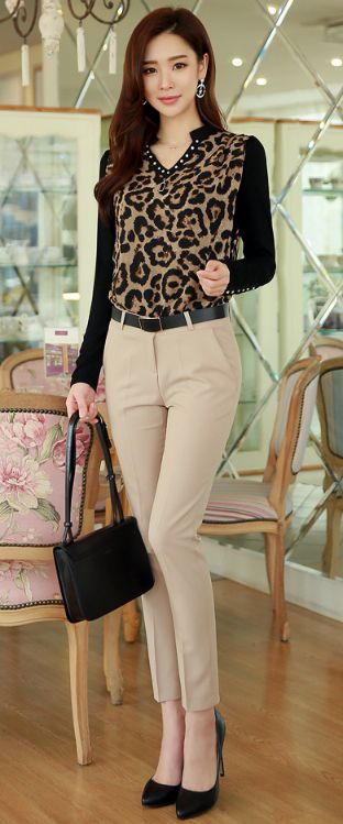 StyleOnme_Basic Slim Fit Slacks #beige #dresspants #elegant #chic #feminine #koreanfashion #slacks #kfashion #kstyle #seoul