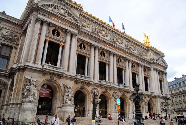 http://www.cultureandtrend.com/2013/10/paris-day-2.html