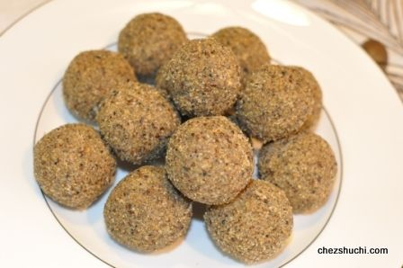Alsi (Flaxseeds) Laddoo, delicious Indian sweets!!!
