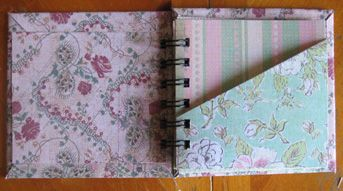 Pocket Mini Album via http://www.making-mini-scrapbooks.com #scrapbooking #minialbums #mini scrapbooks