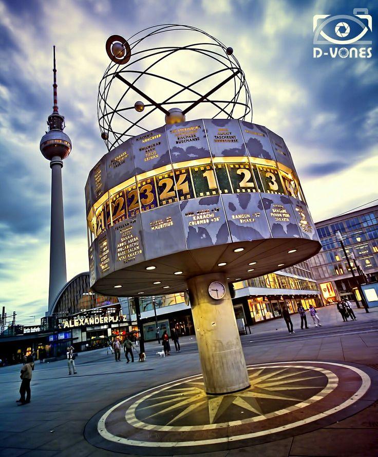 Alexanderplatz Berlin sunset