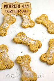 Pumpkin Oat Dog Biscuits | bakeatmidnite.com | #DogBiscuits #HomemadePetTreats #PumpkinDogBiscuits