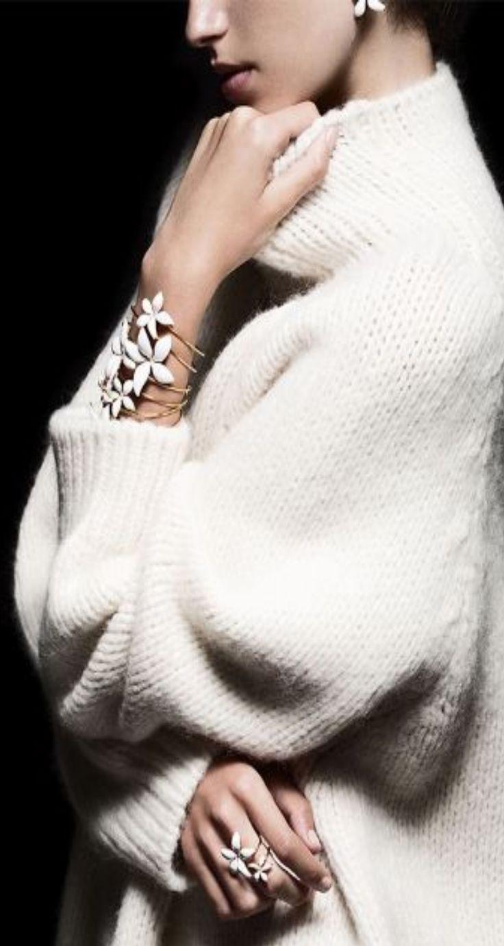 Carolina Herrera falling jasmine jewelry