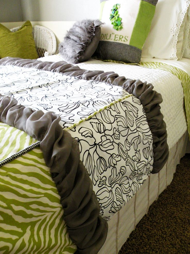 Sewing scraps bedding tutorial by Vintage Revivals... don't think I would be ever good enough to make this, but it is SOOOO cute!