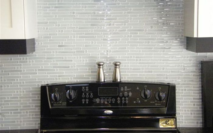 Ames tile cristali bamboo super white glass mosaics Bamboo backsplash