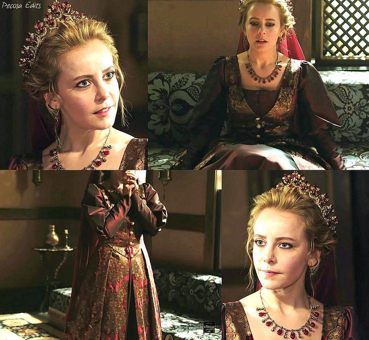 muhtesem yuzyil kosem, humasha sultan, magnificent century kosem, red dress
