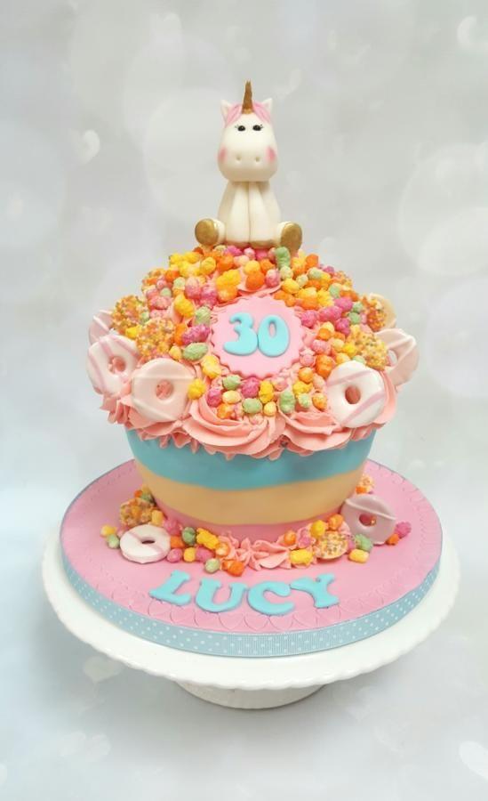 Rainbow unicorn giant cupcake  - Cake by Vanilla Iced