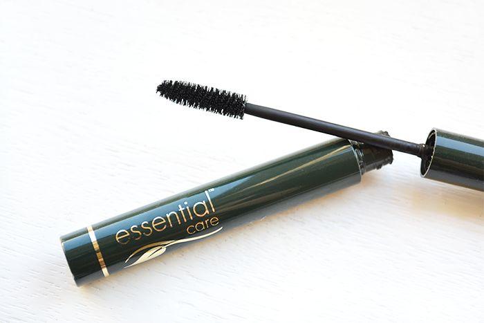 Essential Care Mineral Mascara - NatuRia Beauty