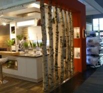 Raumtrenner Ideen in offenen Wohnplänen scheinen alltäglich zu evaluieren. Sie schreiben sich immer nahtloser in die Bereiche... Raumteiler Ideen aus Holz