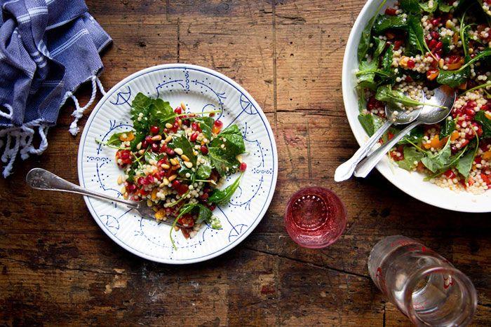 Il Cavoletto di Bruxelles   Insalata di pomodorini e melograno   http://www.cavolettodibruxelles.it/  Cherry Tomato and Pomegranate Salad, EN version here:  http://www.cavoletto.com/blog/2015/1/12/cherry-tomato-and-pomegranate-couscous-salad