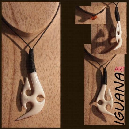 Maori Hook pendant carved in bone