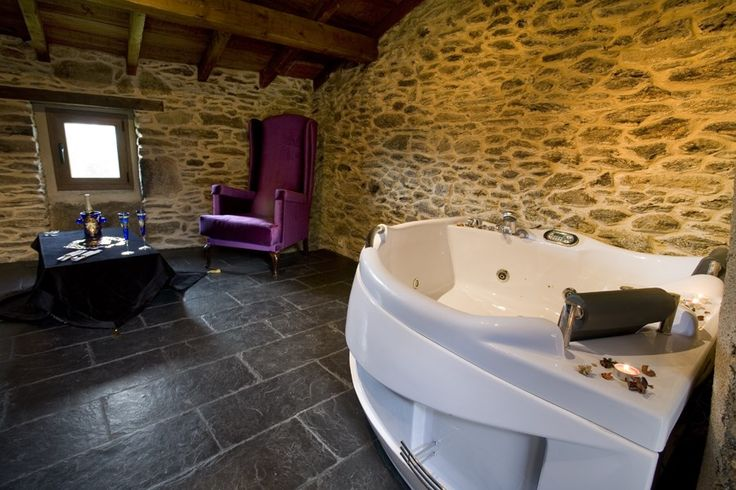 22 best images about ba os toilets on pinterest for Hotel rural diseno
