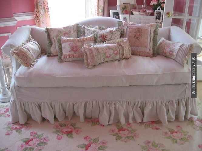 Brilliant - shabby chic sofa love, and LOVE the gorgeous rug too, wow, I'd love to have that!! And, don't forget the pillows too! And pink walls......sigh! | CHECK OUT MORE SHABBY CHIC RUGS IDEAS AT DECOPINS.COM | #shabby chic rugs #shabbychic #shabbychicrugs #shabbychicfurniture #shabbychicbedding #shabbychicdecor #shabbychiccurtains #shabbychicdresser #shabbychicfabric #shabbychicbedroomsideas #shabbychicbabyshower #shabbychicdesk