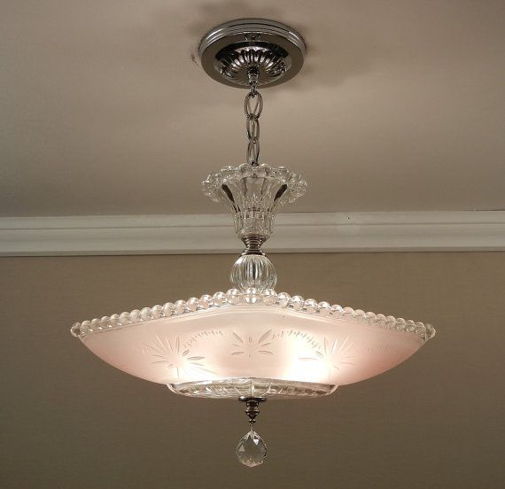 Large vintage 1940s american art deco cream ecru glass petal ceiling light fixture chandelier rewired 15
