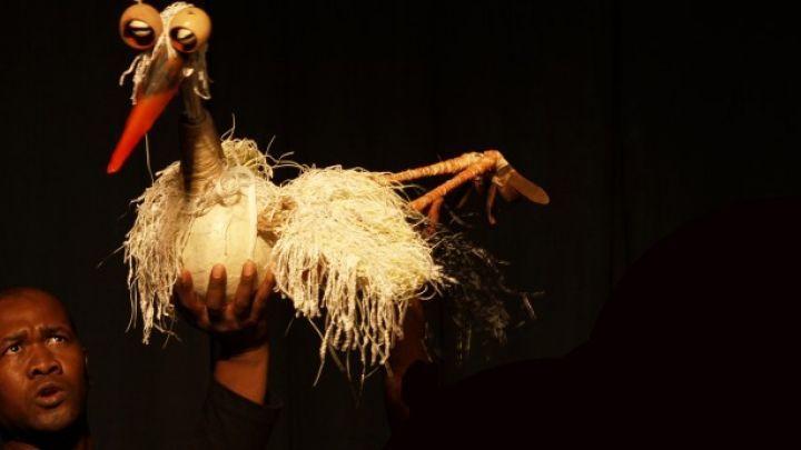 Rode Aarde door Speeltheater Holland Studio / Assitej South Africa  — De Krakeling, theater voor de jeugd te Amsterdam