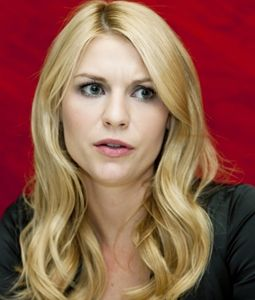 Steal Her Style – Claire Danes | The Relaxed Curl #clarie #danes #hairstyle #hair #inspiration