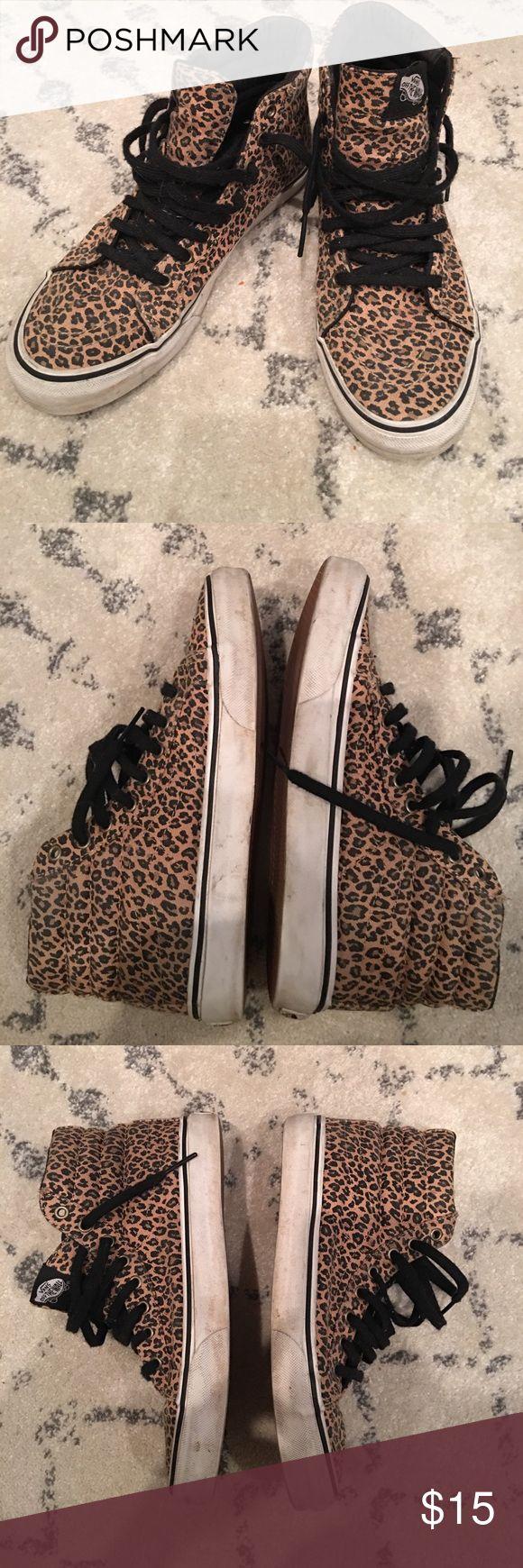 Leopard vans Men's 6.5 women's 8 leopard vans. Worn but lots of life left! Vans Shoes Sneakers