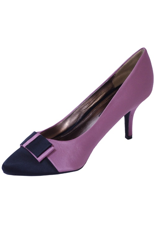 Pink Satin Point Block Colour Bow Heels    Price: £12.00 http://www.riskyfashions.com/p/Pink-Satin-Point-Block-Colour-Bow-Heels-_90.html