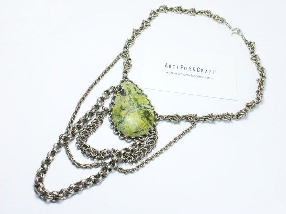 multi stand chains green serpentine necklaces, chain, stone, for her, elegant necklaces, choker/ for lady /queen / extraordinary /
