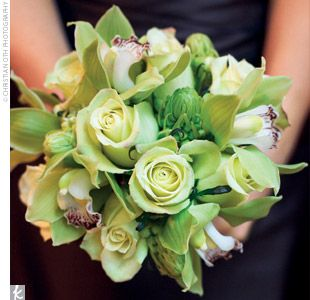 green bridal bouquet: Bridal Bouquets, Color, Wedding Bouquets, Bouquets Flowing Ideas, Wedding Flowers, Green Bridesmaid, Shades Of Green, Bridesmaid Bouquets, Green Ideas