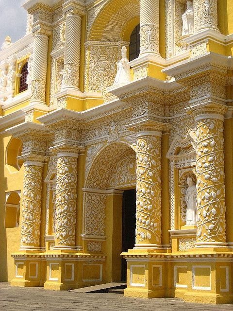 INDIA: butter yellow and white architecture. What imagination and creative spirit found in India !