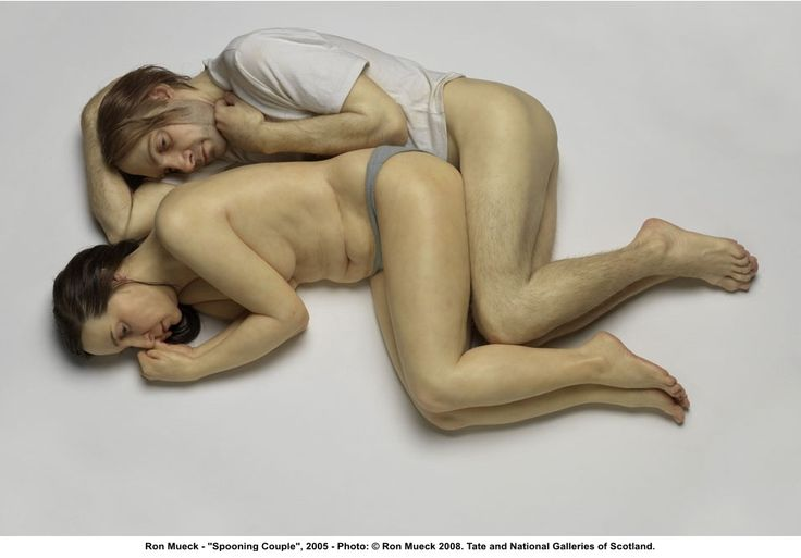 "Ron Mueck, ""Spooning Couple"""