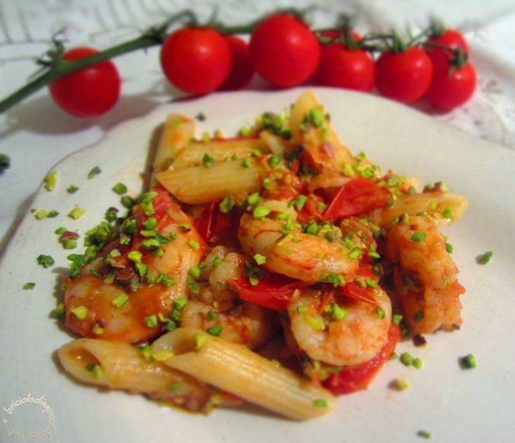 Briciole di Sapori           : Pasta con gamberi, pomodorini e pistacchi di Bront...