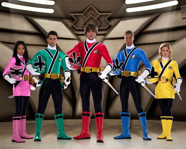 Power Rangers Samurai is Brens new obsession.. could be a PRS party now.. or just a general Super hero party!