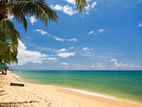 6- Phu Quoc est la plus grande île du Vietnam. On y trouve de longues plages de sable fin comme celle de Bai Truong au sud-ouest et les grèves sauvages de Bai Ong Lang.