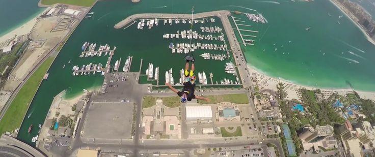 Impactante: Más De 500 Saltos BASE Desde El Edificio Residencial Más Alto Del Mundo #Video