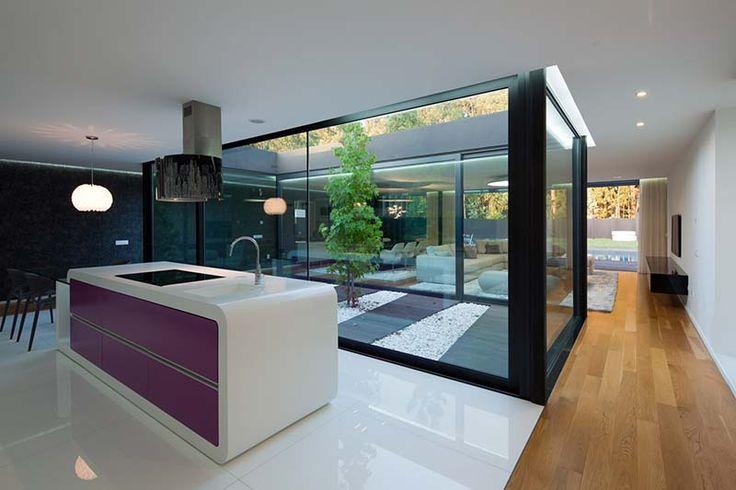 Coentrao House 11 - BachPad