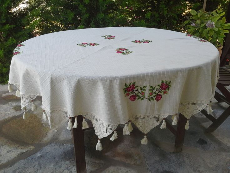 "FREE SHIPPING 68"" Circular Tablecloth-Cotton Lace Crochet Edge Tablecloth with Red Machine Embroidery Cross Stitch Flowers Cottage HomeDecor by FunTables on Etsy https://www.etsy.com/listing/239756662/free-shipping-68-circular-tablecloth"