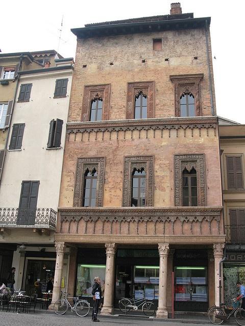 Mantova, Palazzo del mercante