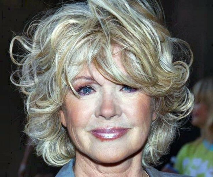 Nice Hairstyles For Women Over 60