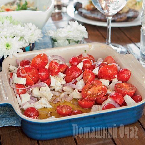 Салат с брынзой и красным луком
