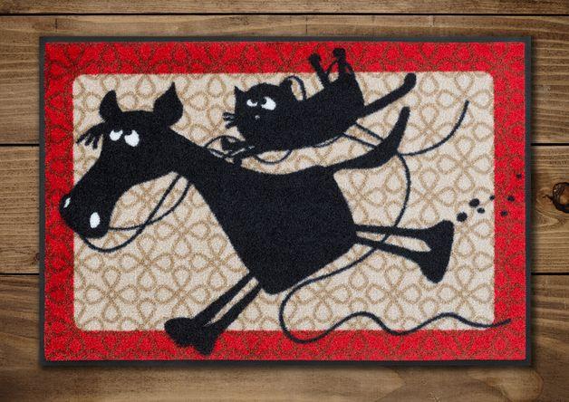#Fussmatte mit #Katze Friedegunde und #Pferd Hugobald.