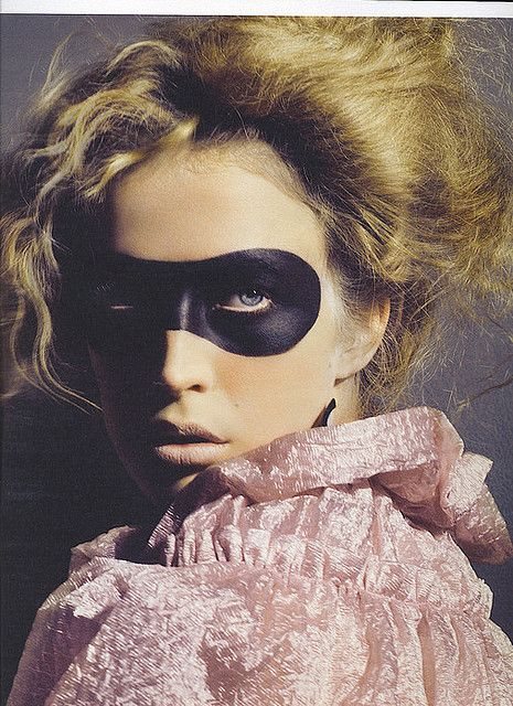 #editorial #fashion #mask #black #pink #pastel