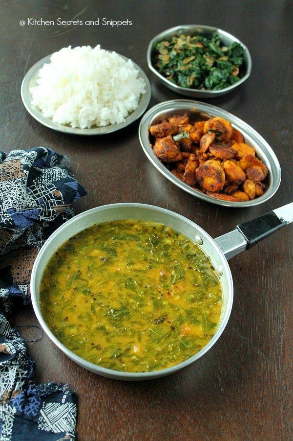 Kitchen Secrets and Snippets: Murungai Keerai Sambar + Murungai Keerai Poriyal / Drumstick leaves sambar + Drumstick leaves poriyal