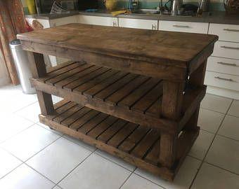 Isla de cocina móvil con reciclado de madera de palet