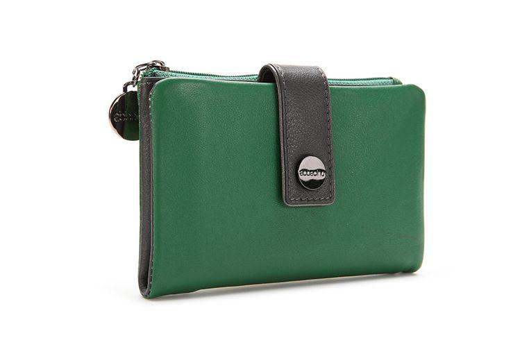 Venti: www.abbacino.es/es/bolsos-accesorios-venti-verde-7546.html