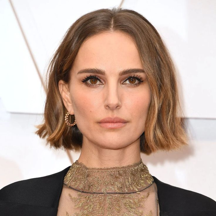 The Prettiest Hair And Makeup Looks From The Oscars In 2020 Celebrity Hairstyles Celebrity Short Hair Pretty Hairstyles