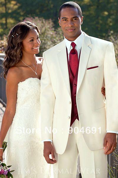 Imagen de http://i00.i.aliimg.com/wsphoto/v0/1544339680_2/2015-Hot-Sale-el-hombre-rojo-blanco-azul-de-los-trajes-Formal-del-smoking-del-novio.jpg.