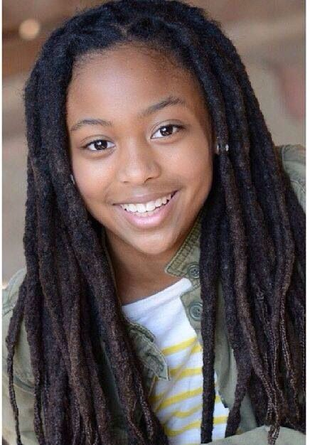 Looks like she started this from braids.  I like it!!!