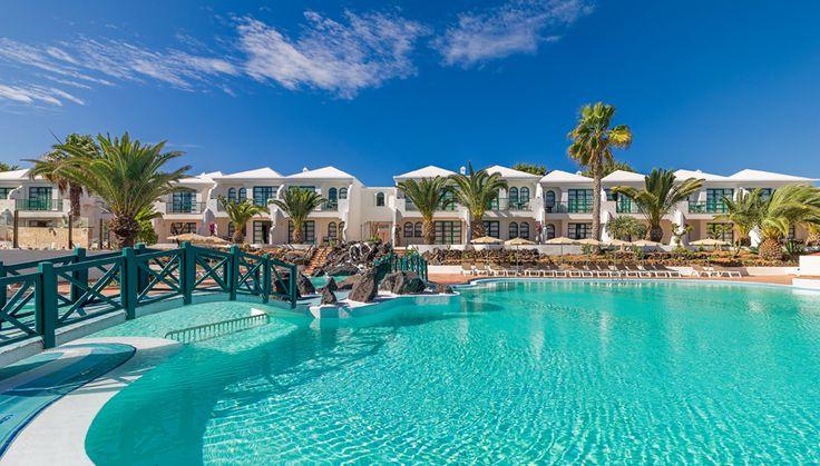 Swimming pool #h10oceansuites #oceansuites #h10hotels #h10 #hotel #hotels