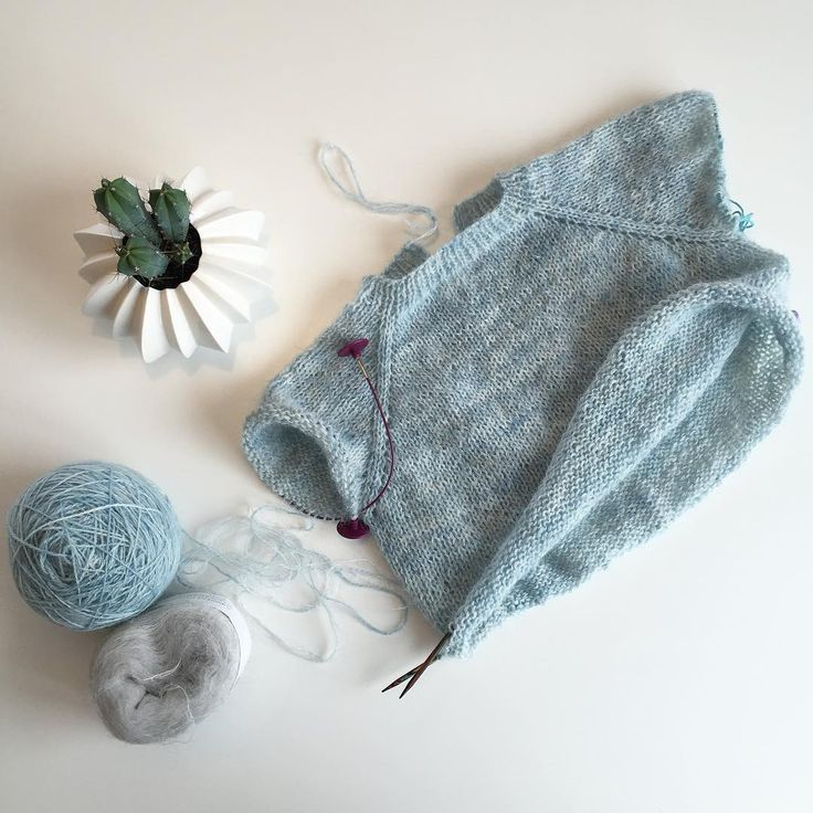 «The collar sweater is coming along nicely. I love the colour and the texture   I'm still struggling with my back and pelvis and knitting is the only…»